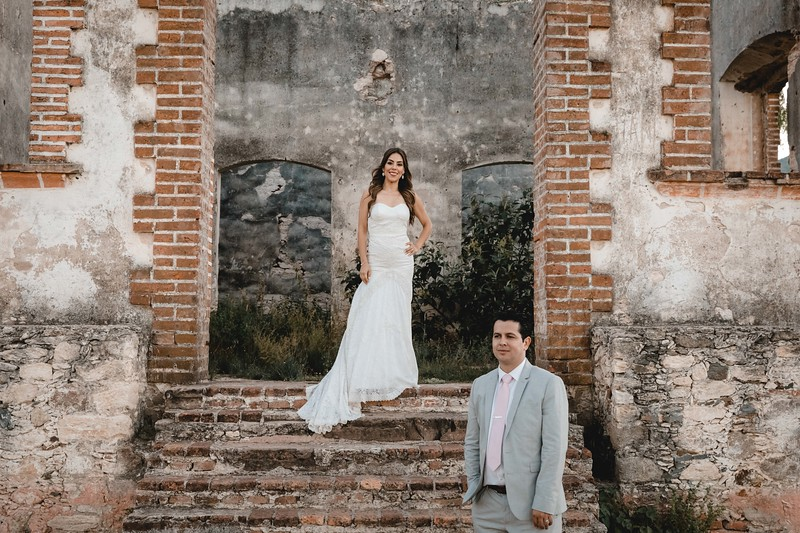 P&H Trash the Dress (Mineral de Pozos, Guanajuato )-110.jpg