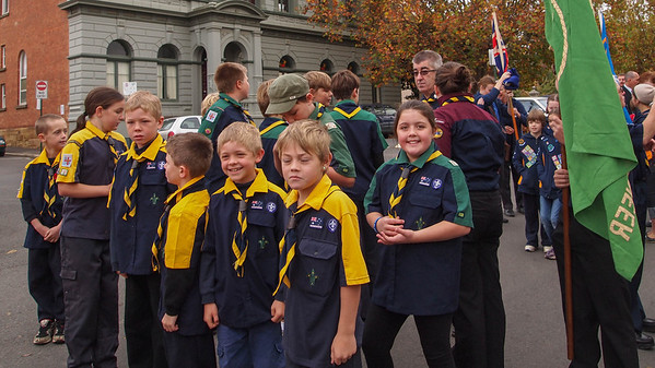ANZAC day parade 2012 Castlemaine