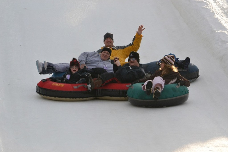Snow_Tubing_at_Snow_Trails_027.jpg