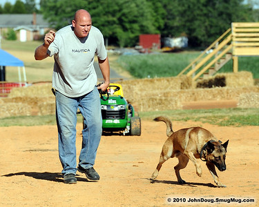 7/9/2010 K-9 Demo at Bowles Farm