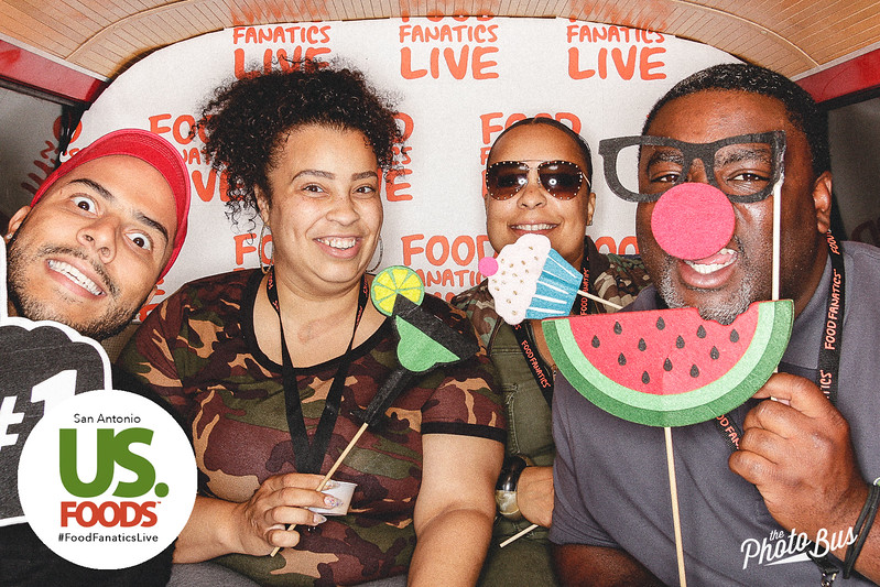 us-foods-photo-booth-305.jpg