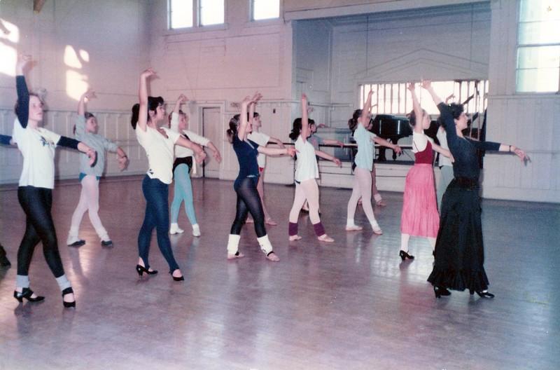 Dance_1953_a.jpg