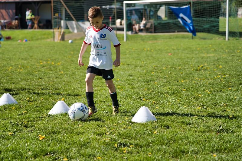 hsv-fussballschule---wochendendcamp-hannm-am-22-und-23042019-u54_40764452033_o.jpg