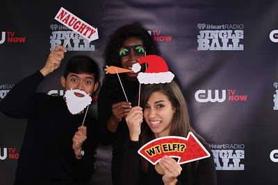 12.5.2014 - iHeartRadio Jingle Balls & CWTV - LA