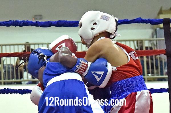 Bout 1 Demik Sanders, Cincinnati -vs- Mickey Rivera, Old School
