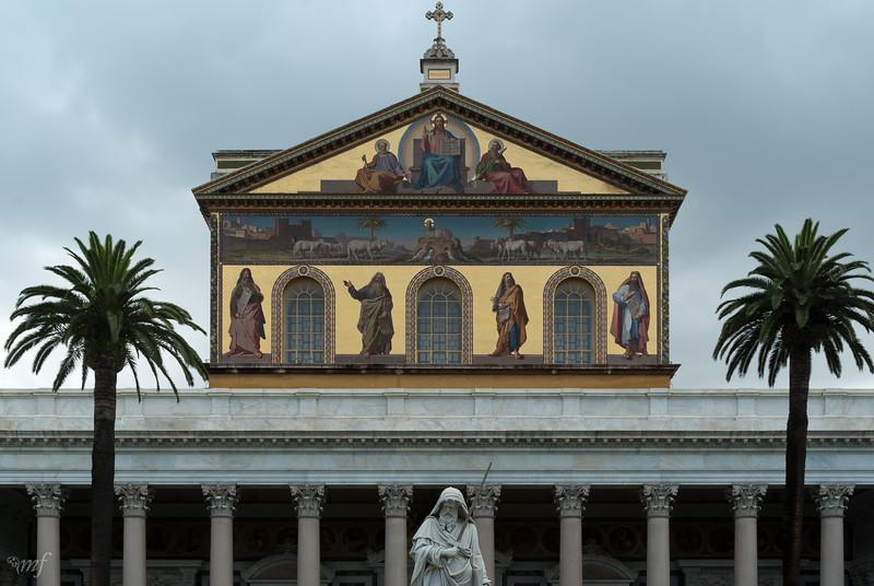 Basilica S. Paolo portal