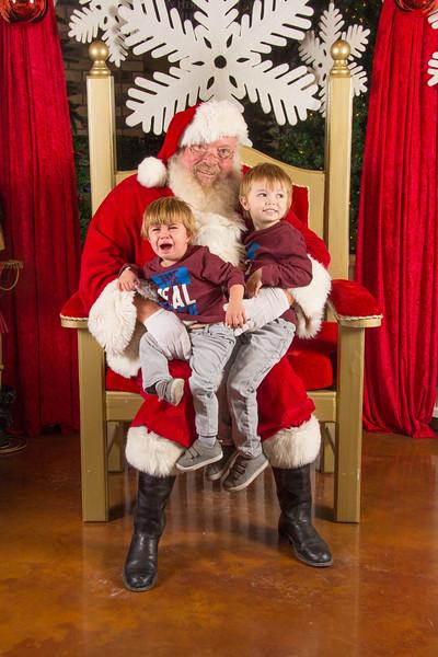 Santa 12-16-17-363.jpg
