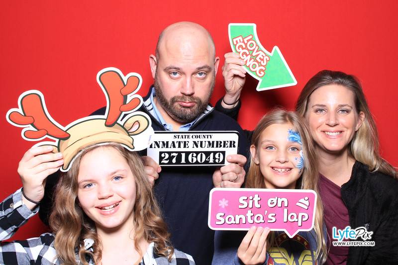 eastern-2018-holiday-party-sterling-virginia-photo-booth-0154.jpg