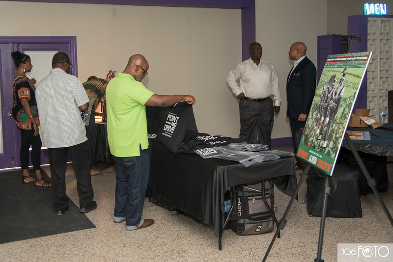 ORLANDO POINT AND DRIVE MOVIE SCREENING by 106FOTO - 003.jpg