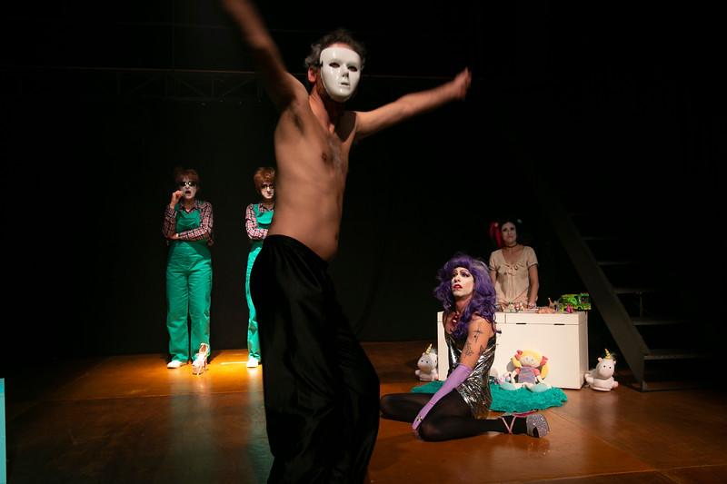 Allan Bravos - essenCIA Teatro - Persona 07-199.jpg