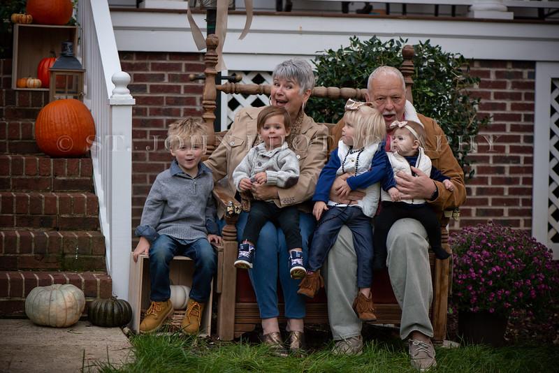 2019 November Ellis Family-241-140.jpg