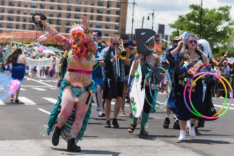 2019-06-22_Mermaid_Parade_1682.jpg