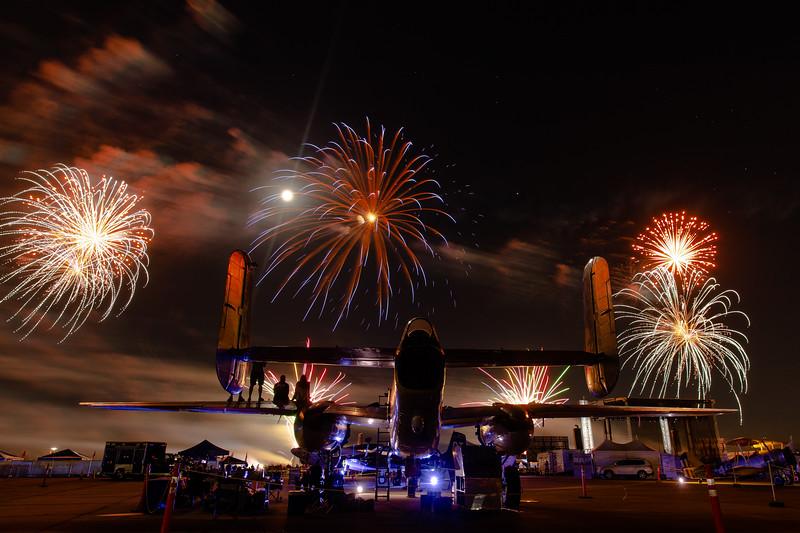 2018_CCA_Fireworks_19.jpg