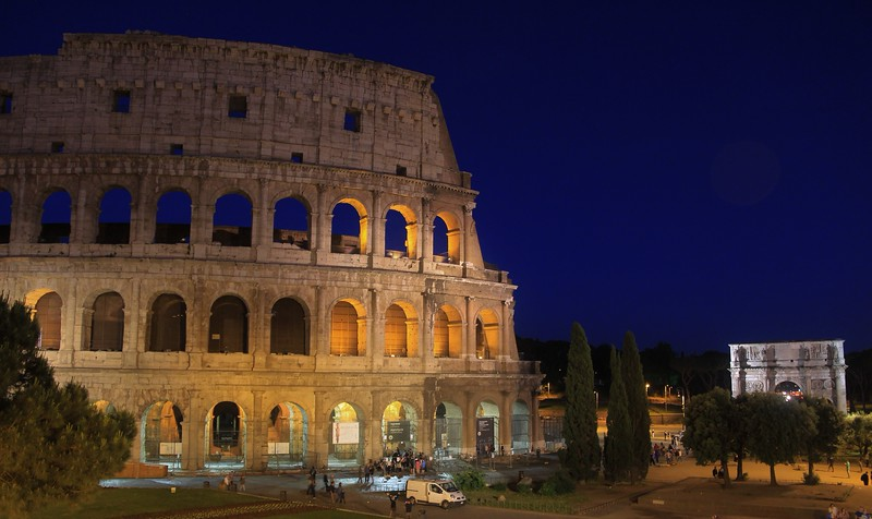 AITALY 2015,11 162A, SMALL, Colusseum at night, Rome.jpg