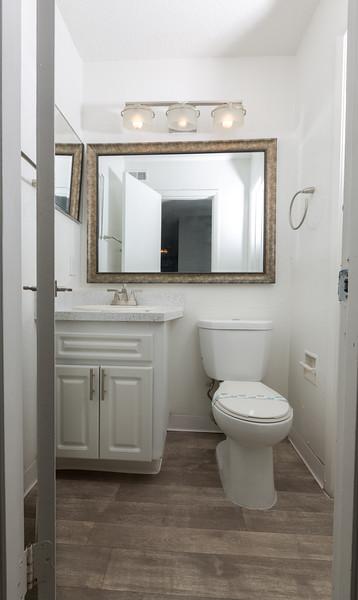 Apartment 3 (2 bedroom)-25.jpg