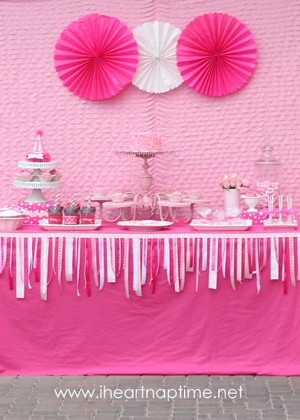Pretty-in-pink-birthday-party-via-iheartnaptime.net_.jpg