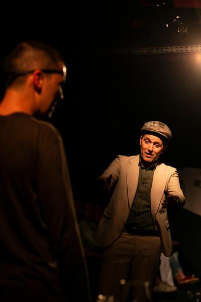 Allan Bravos - Fotografia de Teatro - Indac - Migraaaantes-302.jpg