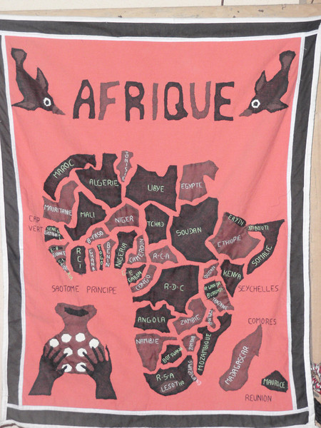 003_African Continent. 40 Etnic Groups. Very Heterogeneous.jpg