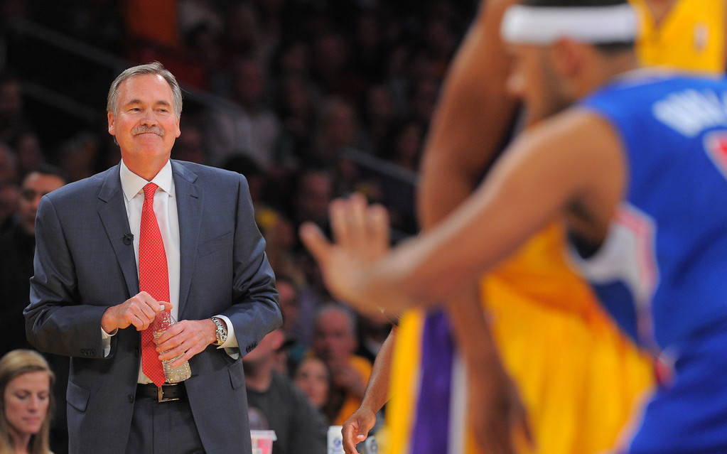 . Lakers coach Mike D\'Antoni watches the action in the NBA season opener between the Lakers and Clippers at Staples Center in Los Angeles, CA on Tuesday, October 29, 2013.   (Photo by Scott Varley, Daily Breeze)