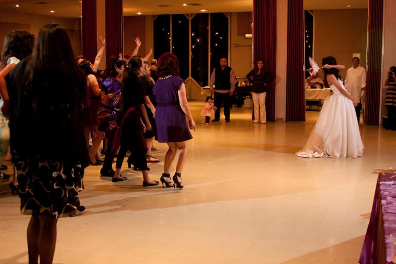 2011-11-11-Servante-Wedding-706.JPG
