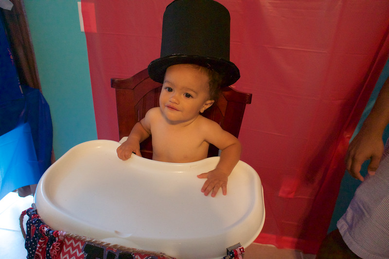 LINCOLN 1st BIRTHDAY PARTY_ 83.jpg