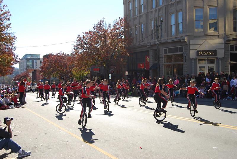 Parade 1030.jpg