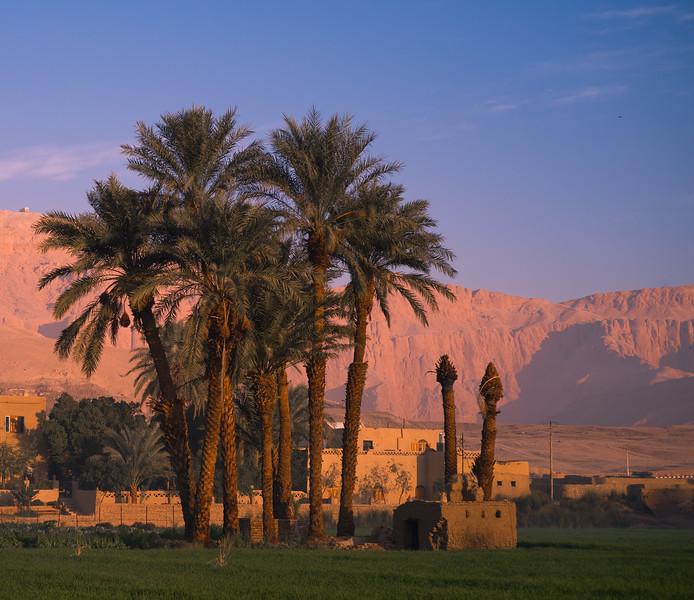 Hotel Marsam al amanecer. Luxor. Egipto