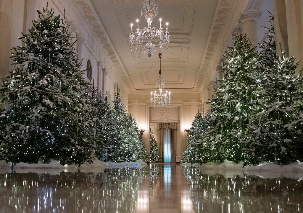 """. The Cross Hall are decorated with \""""The Nutcracker Suite\"""" theme is seen during a media preview of the 2017 holiday decorations at the White House in Washington, Monday, Nov. 27, 2017. (AP Photo/Carolyn Kaster)"""