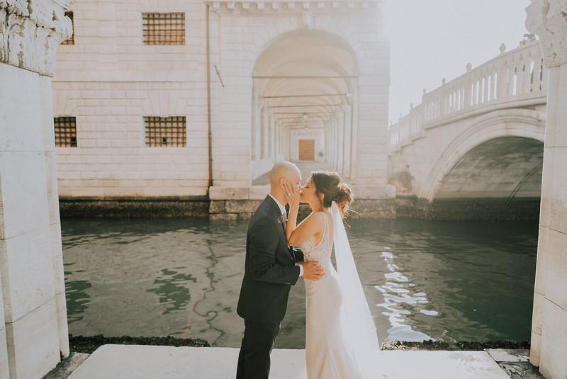Tu-Nguyen-Destination-Wedding-Photographer-Dolomites-Venice-Elopement-278.jpg