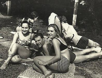 Janeca e pai Mendonca, Carmencita, Loli e Jose' Joao
