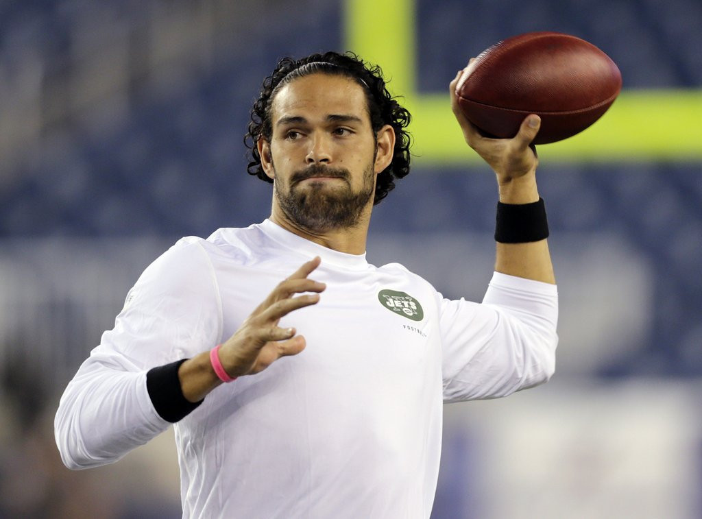 """. <p>6. (tie) MARK SANCHEZ <p>His fling with the Jets is over, but they�ll always have the Buttfumble. (unranked) <p><b><a href=\'http://www.cbssports.com/nfl/eye-on-football/24495128/jets-release-qb-mark-sanchez-sign-michael-vick\' target=\""""_blank\""""> HUH?</a></b> <p>    (AP Photo/Charles Krupa, File)"""