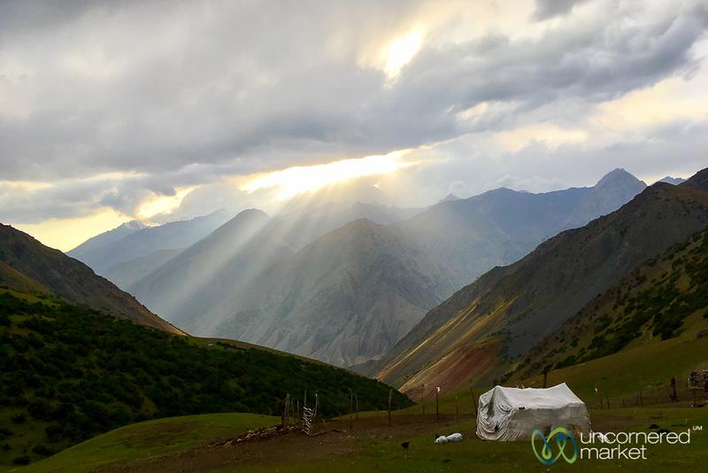 HeightsofAlay_Trek_Kyrgyzstan_Sunset.jpg
