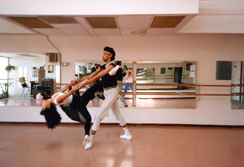 Dance_0520_a.jpg