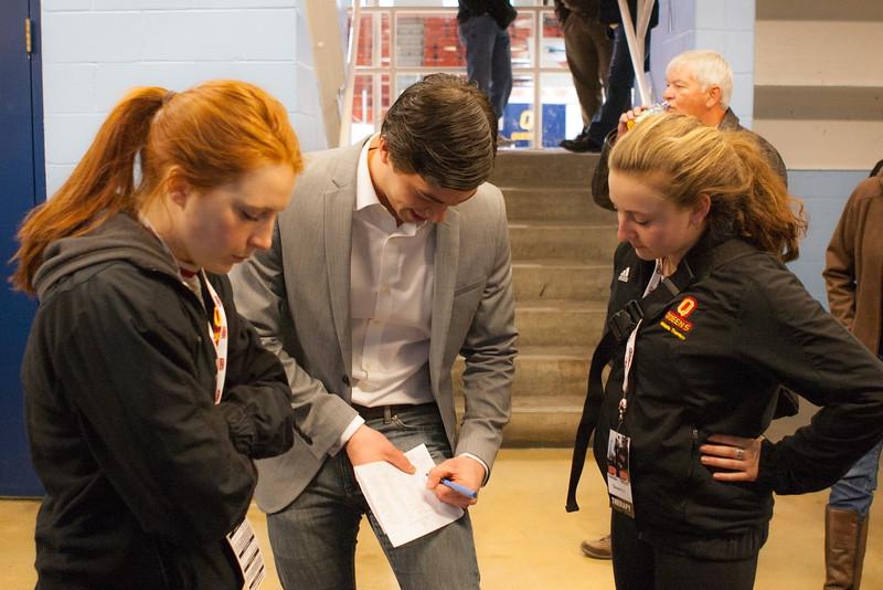 20130310 QWHockeyvsUBC 101.jpg