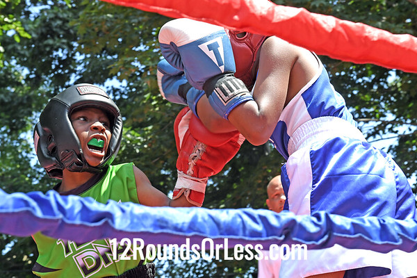 Bout 1 Demani Savoury, Red Gloves, Cleveland -vs- Juan Jauregui, Blue Gloves, Youngstown, 60 Lbs