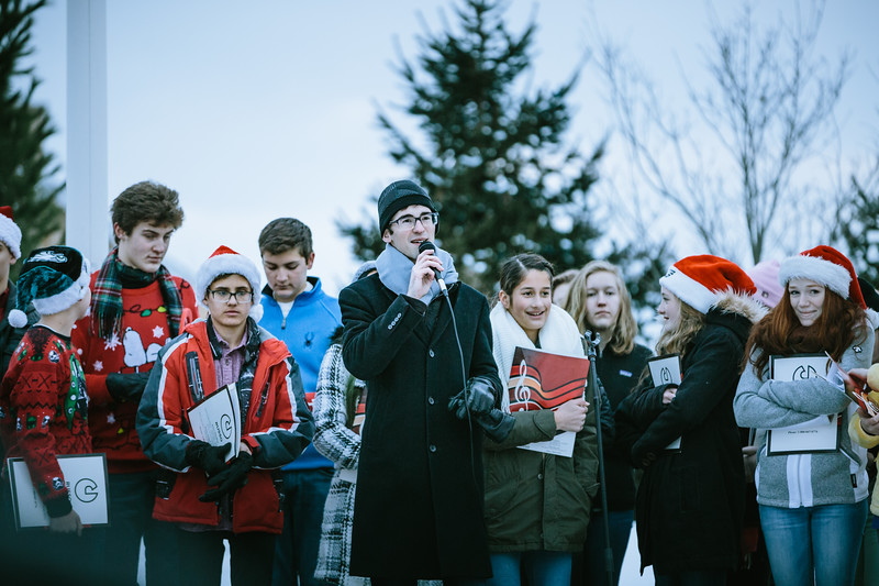 Mike Maney_Tohickon Chamber Choir Plumsteadville Tree Lighting 2017-34.jpg