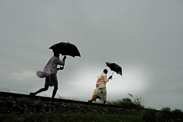 MONSOON RAIN Bangladesh- HIGH RES