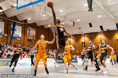 Worthing Thunder 92-64 Hemel Storm (£2 Single Downloads)