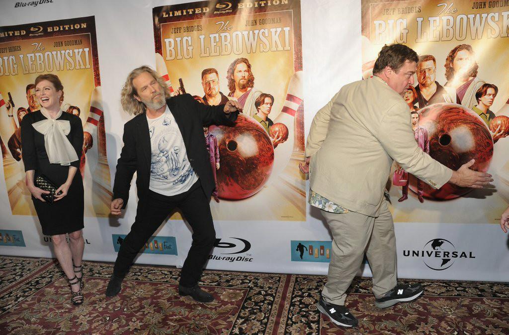 ". 9. JEFF BRIDGES <p>The Dude passes on Senate run, decides to go bowling. (10) </p><p><b><a href=\""http://popwatch.ew.com/2014/08/12/montana-jeff-bridges-senator-senate/\"" target=\""_blank\""> LINK </a></b> </p><p>   (Mike Coppola/Getty Images)</p>"