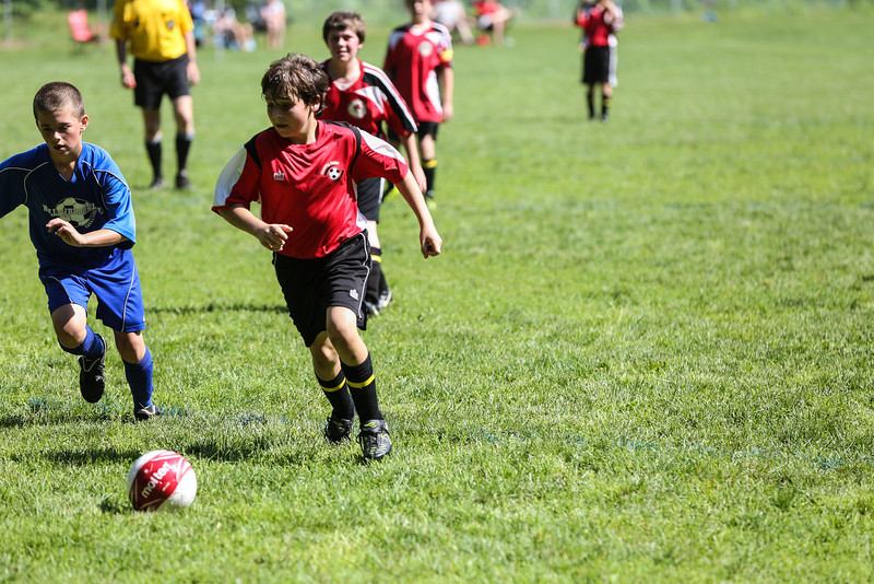 amherst_soccer_club_memorial_day_classic_2012-05-26-00340.jpg
