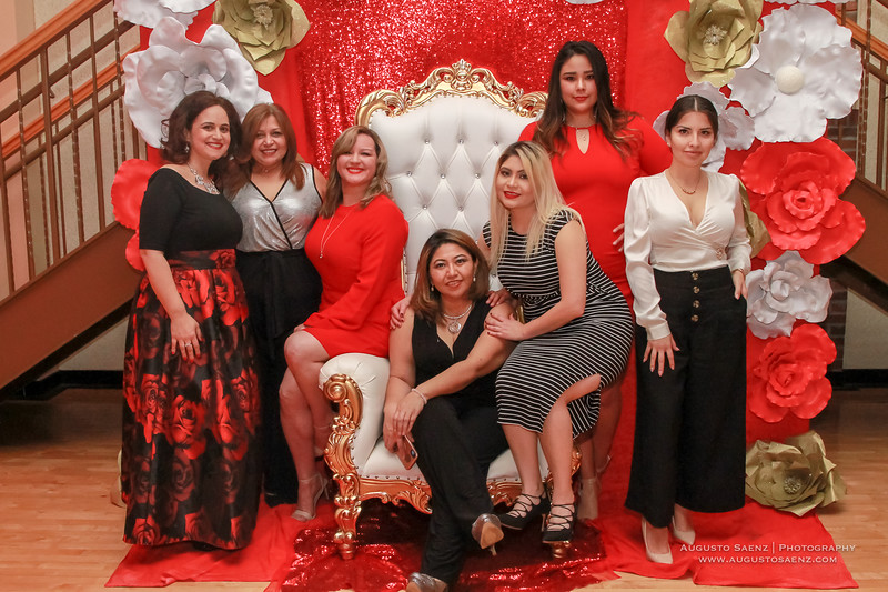 Latina Mentoring Academy X Aniversary-0357.jpg