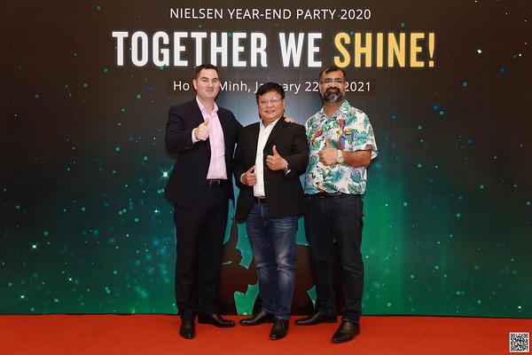 Nielsen Vietnam | Year End Party 2020 instant print photobooth | Chụp ảnh lấy li�n in ảnh lấy ngay Tất niên 2020 | WefieBox Photobooth Vietnam