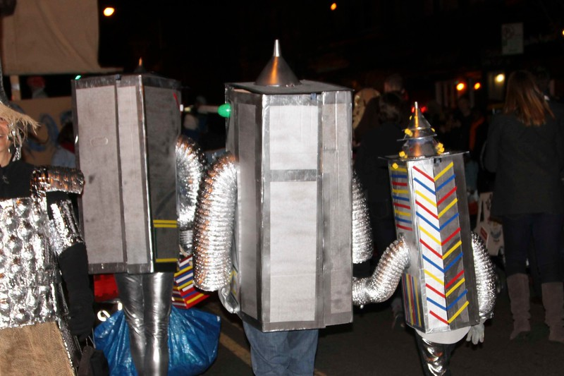 2011.10.31 Street Halloween Parade.ss-30.jpg