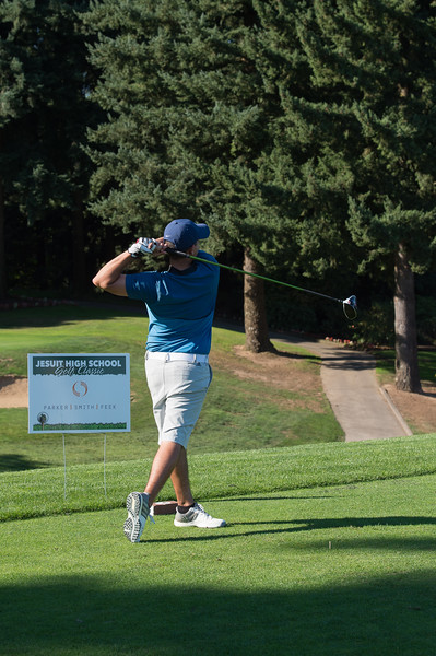 2017 Golf Classic-6443-300 DPI.JPG