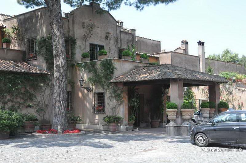 Villa dei Quintili - 003.jpg