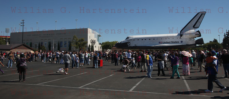 OV-105 Endeavour arrives at California Science Center Oct. 14, 2012