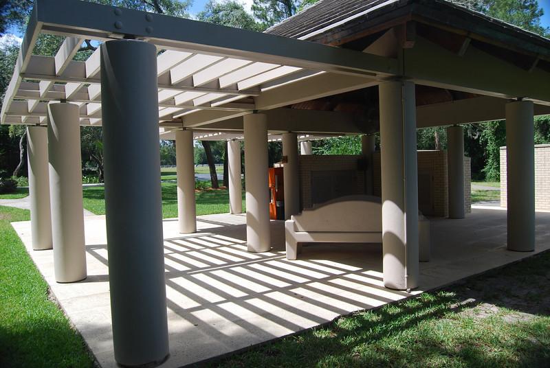 23 Service Area Florida National Cemetery.jpg