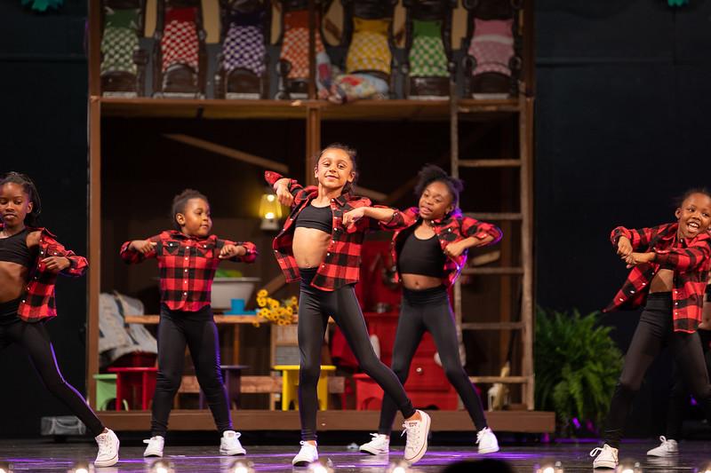 Dance Productions Recital 2019-244.jpg