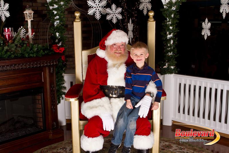 Santa Dec 15-190.jpg