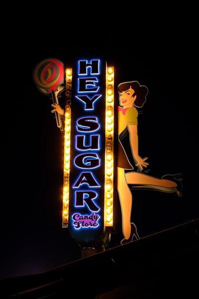 Roanoke - Neon Signs Of Oak Street